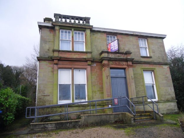 Image of existing Victorian Red Sandstone Bank in Bridge of Weir